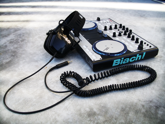 Headphone-Hack-1_Lomoed
