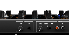 NI_Traktor_Kontrol_S2_MK2_Controller_Backview