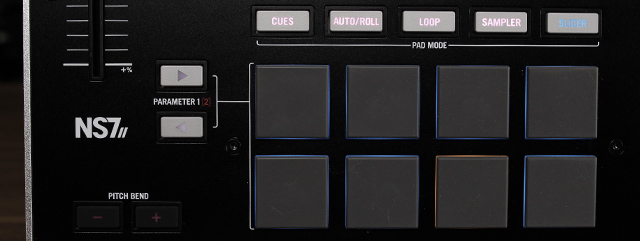 The pad + mode selectors on NS7 II