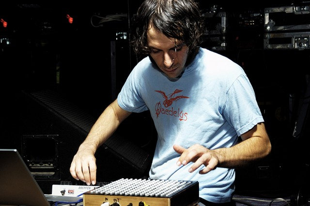 Daedelus performing live