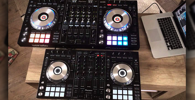 The DDJ-SZ (top) versus the DDJ-SX (below)