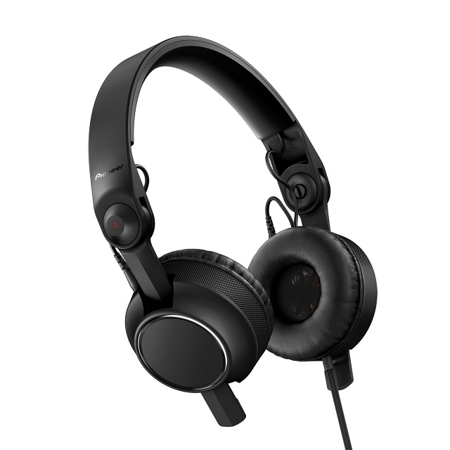 Pioneer unveils new HDJ-C70 headphones for DJs.