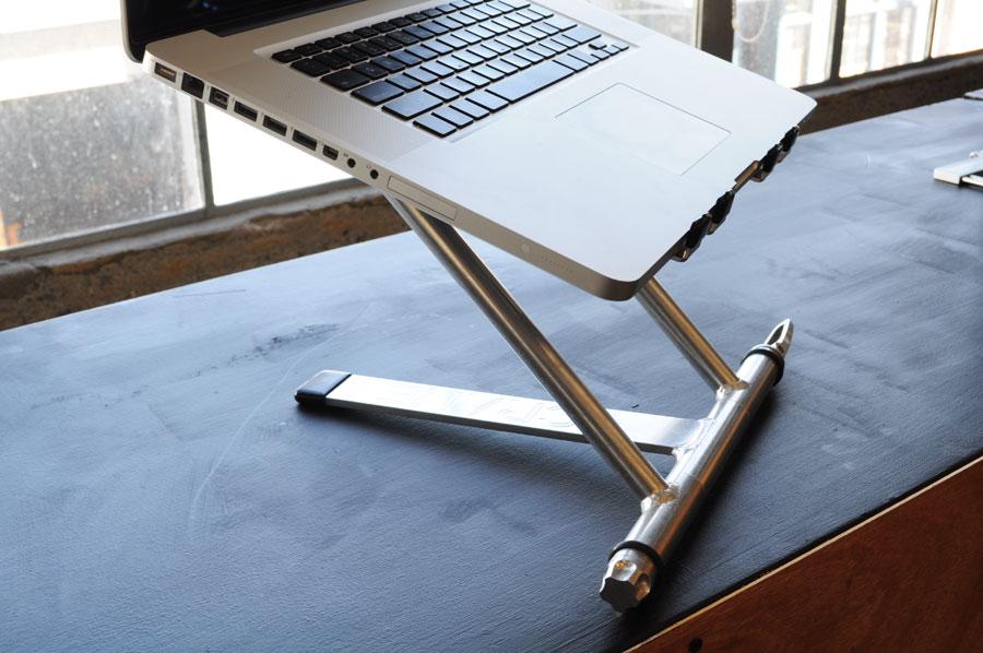 dj laptop stand comparison dj techtools. Black Bedroom Furniture Sets. Home Design Ideas