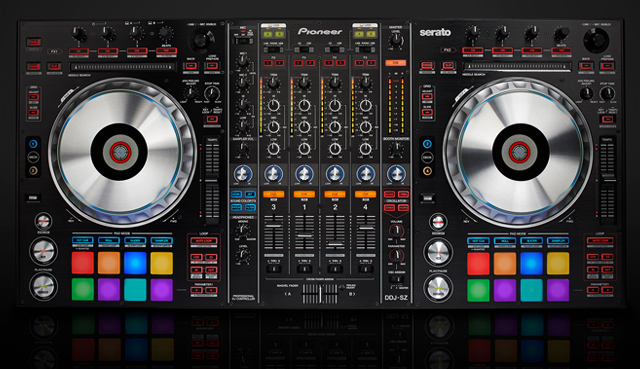 pioneer ddj sz review the pinnacle of all in one dj controllers dj techtools. Black Bedroom Furniture Sets. Home Design Ideas